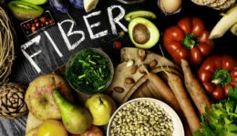 How-to-lower-cholesterol-by-eating-more-fiber